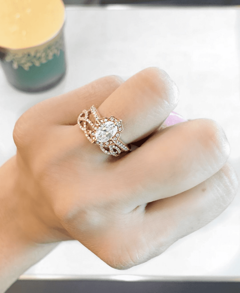 Engagement Ring of the Week: Noam Carver Rose Gold Oval Halo Mounting